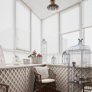 Inspiration for a small shabby-chic style sunroom remodel in Moscow