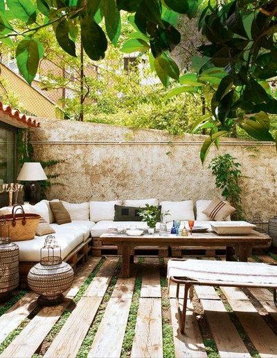 Rústico Terraza y balcón by Grupo Lober