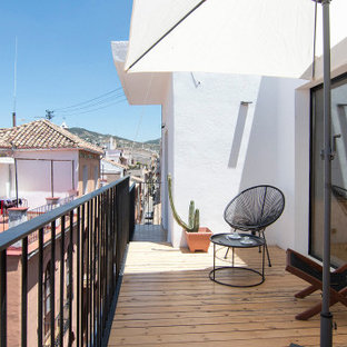 Inspiration for a medium sized urban roof terrace in Other with no cover.