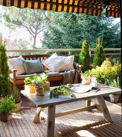 Shabby-chic Style Deck by ASUN ANTO