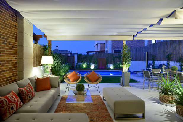 Contemporáneo Porche by Fernando Pozuelo Landscaping Collection