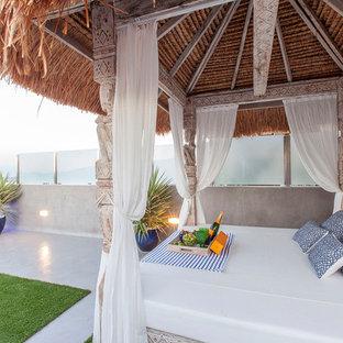 Foto di una grande terrazza tropicale sul tetto e sul tetto