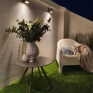 Réalisation d'une terrasse design avec des solutions pour vis-à-vis.
