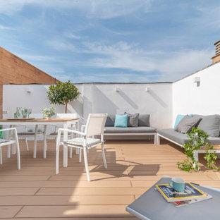 Idee per terrazze e balconi minimal di medie dimensioni e sul tetto con nessuna copertura