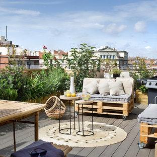 Diseño de terraza actual, de tamaño medio, sin cubierta, en azotea, con brasero