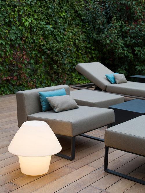 shabby chic style terrasse mit pflanzwand ideen design. Black Bedroom Furniture Sets. Home Design Ideas