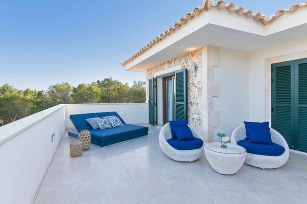 Mediterráneo Terraza y balcón by Ajform Architecture & Interior Design