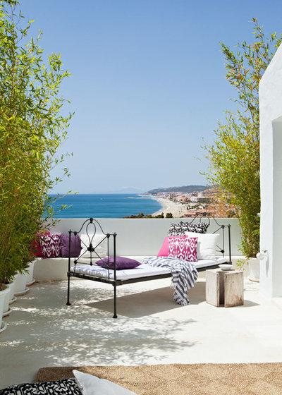 Mediterráneo Terraza y balcón by Ana Bejar Interiorismo