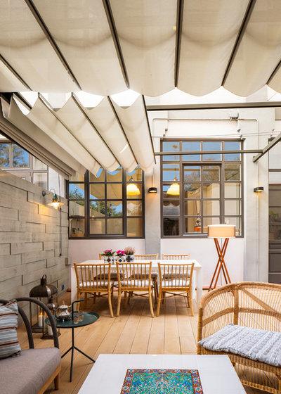 Industrial Terraza y balcón by The Room Studio