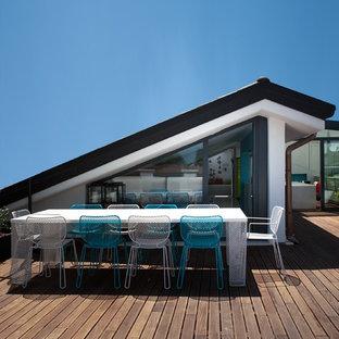 Esempio di una terrazza contemporanea di medie dimensioni e sul tetto con nessuna copertura