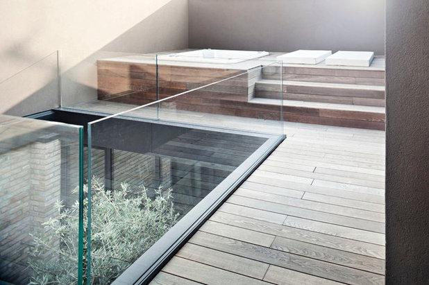 Contemporaneo Terrazza by Dotti Alessandro_architetti