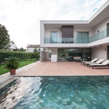 Modern house   MQ. 490
