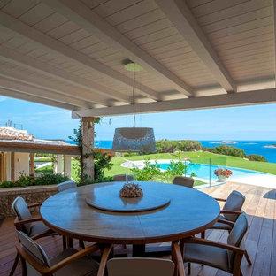 Ispirazione per grandi terrazze e balconi mediterranei