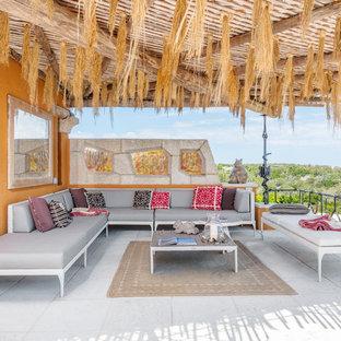 Idee per una terrazza mediterranea sul tetto e sul tetto con una pergola