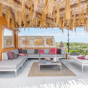 Zona outdoor con divano angolare