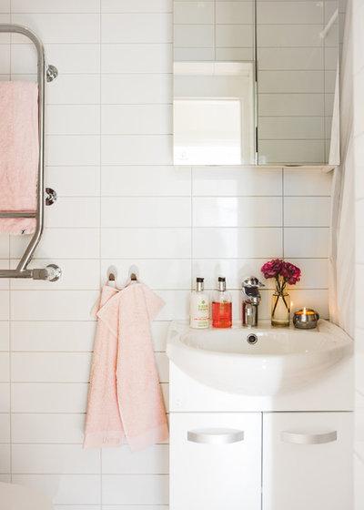 Nyklassisk Toalett by Nadja Endler | Photography