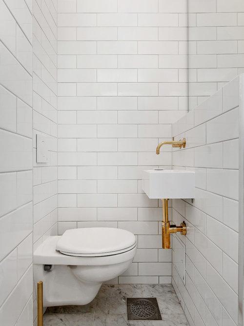 Bagno scandinavo con pavimento in marmo foto idee for Piastrelle bianche marmo