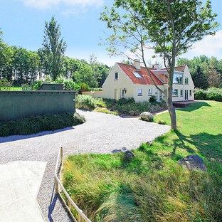 Foto på en minimalistisk trädgård