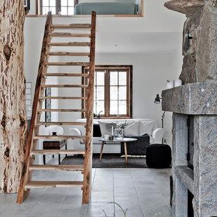 Inspiration för en mellanstor rustik rak trappa i trä, med öppna sättsteg