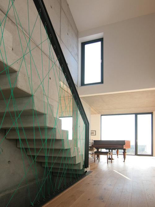 treppenhaus mit beton setzstufen deutschland. Black Bedroom Furniture Sets. Home Design Ideas