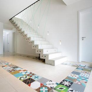 Photos et id es d co d 39 escaliers contemporains avec des - Escalier contemporain beton ...