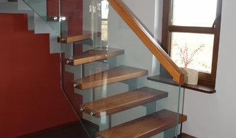 1/4gewendelte moderne Treppe aus Metall mit Handlauf aus Glass