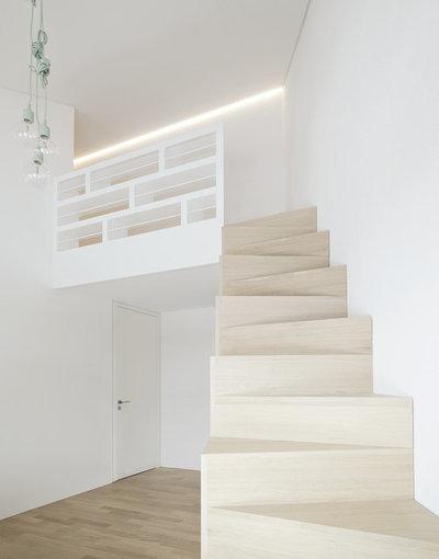 Modern Staircase by steimle architekten