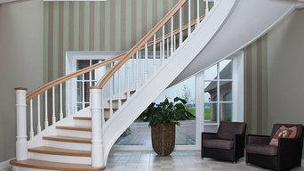Exklusive Bogentreppe Ansicht Erdgeschoss