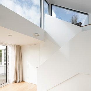 Mittelgroße Moderne Treppe In U Form In Köln