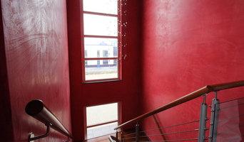 Farbiges Treppenhaus