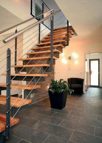 treppenkonstruktionen mit wange holm bolzen und andere spielarten. Black Bedroom Furniture Sets. Home Design Ideas