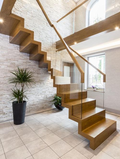 moderne treppen mit gebeizten holz setzstufen ideen f r treppenaufgang treppenhaus. Black Bedroom Furniture Sets. Home Design Ideas