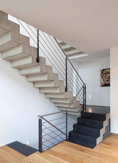 Modern Treppen by Einwandfrei-für Menschen, die das Besondere lieben