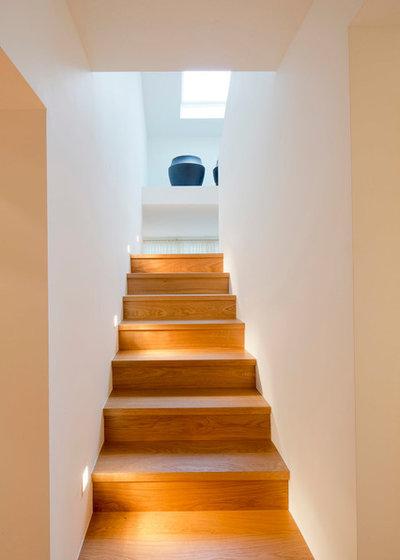 Modern Treppen by Ferreira | Verfürth Architekten