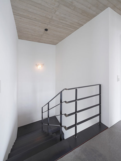 moderne treppen in u form ideen f r treppenaufgang treppenhaus houzz. Black Bedroom Furniture Sets. Home Design Ideas