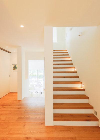 beleuchtung im treppenhaus ein experte gibt tipps zur. Black Bedroom Furniture Sets. Home Design Ideas