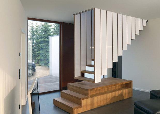 Современный Лестница by Blässe Laser Architekten bla°