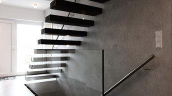 Dunkle Kragarmtreppe - Treppe des Jahres 2013