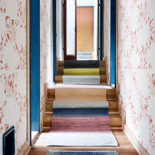 Inspiration for a mid-sized shabby-chic style wooden staircase remodel in Dresden with wooden risers