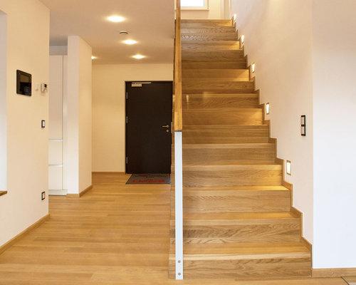Treppenhaus mit gerader treppe klassisch   treppenhausgestaltung ...