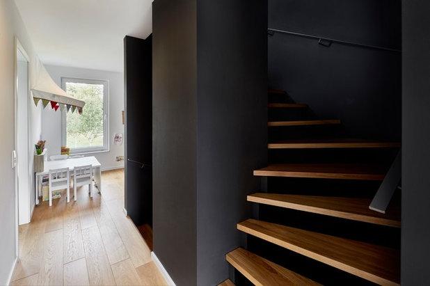 Minimalistisch Treppen by smyk fischer architekten