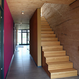 Example of a trendy staircase design in Hamburg
