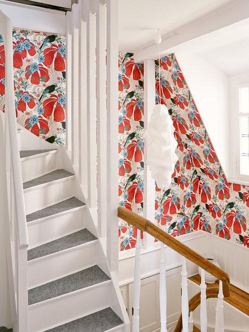 Treppenhaus mit teppich treppenstufen   treppenhausgestaltung und ...