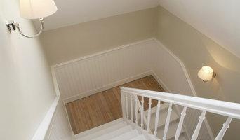 Stilvolle Wandverkleidungen im Treppenhaus