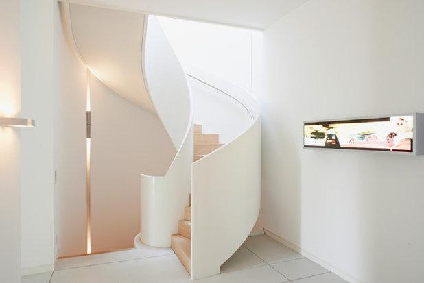 Contemporary Staircase by cornehl   atelier für architektur