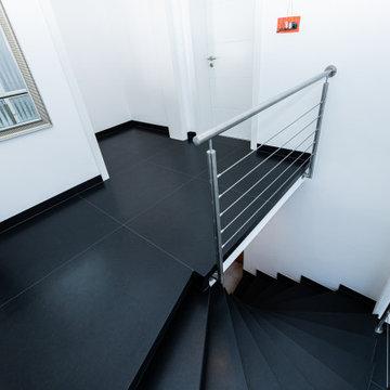 Treppenrenovierung auf Empfehlung des Fliesenlegers