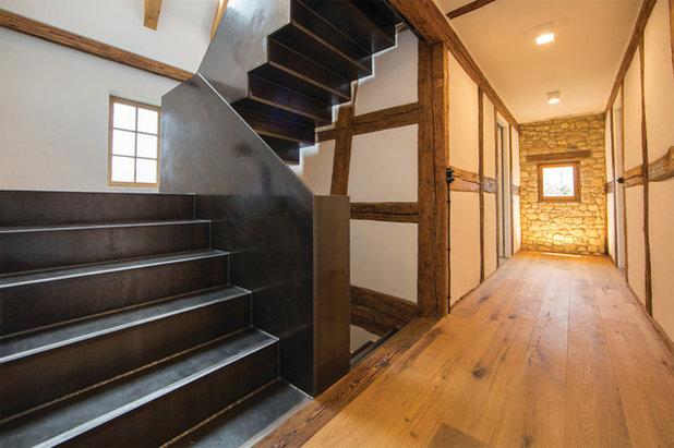 Rustikal Treppen by Morber Jennerich Architekten