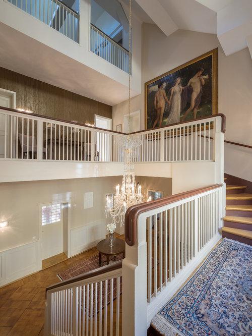 treppenhaus klassisch treppenhausgestaltung und klassisches treppen design houzz. Black Bedroom Furniture Sets. Home Design Ideas