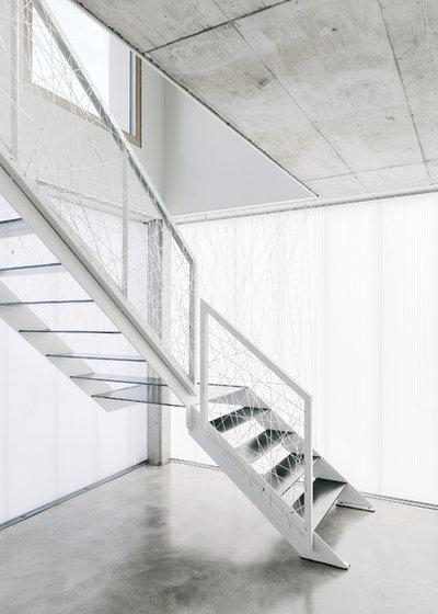Minimalistisch Treppen by büro für bauform