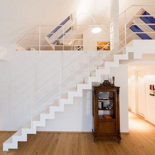 Gerade, Kleine Moderne Treppe in München